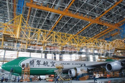 多支点起重机专业用于航天系统,飞机维修机库,飞机制造厂等领域